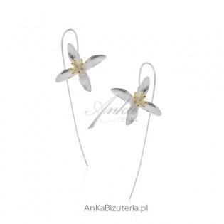 Kolczyki srebrne subtelne wiszące kwiatki