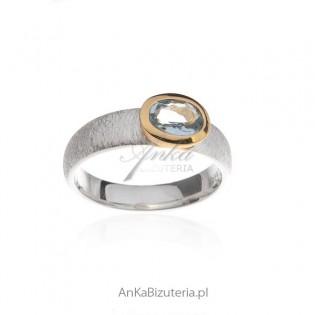 Piękna biżuteria srebrna Pierścionek z Aquamarynem