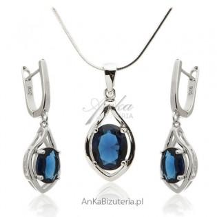 Biżuteria srebrna komplet z szafirową cyrkonią