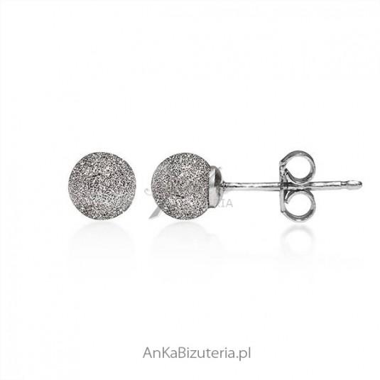 Kolczyki srebrne rodowane diamentowane