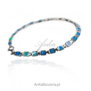 Modna biżuteria z kamieniami - Opal niebieski australijski