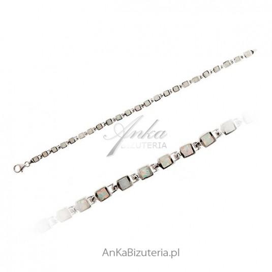 Bransoletka srebrna rodowana z białym opalem