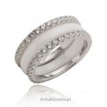 Biżuteria z ceramiki i srebra