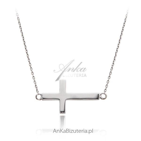 biżuteria naszyjnik srebrny z krzyżykiem