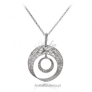 Modna biżuteria srebrna Naszyjnik z koronkową zawieszką