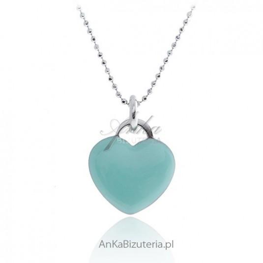 Naszyjnik srebrny z sercem w modnym kolorze seledyn