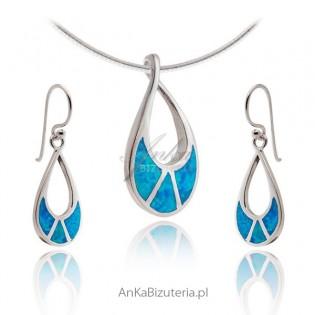 Komplet biżuterii srebrnej z niebieskim opalem