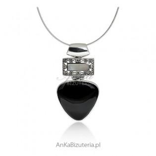 Srebrny wisiorek. Biżuteria srebrna z onyksem i masą perłową