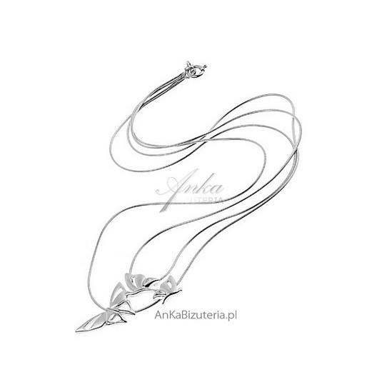 """""""Trzy motylki""""- srebrny naszyjnik na podwójnym łańcuszku."""
