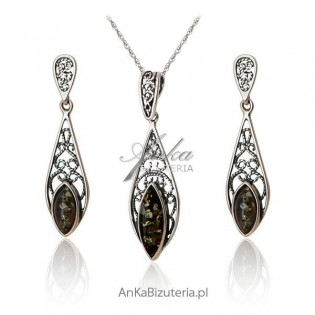 Komplet biżuterii srebrnej z zielonym bursztynem