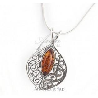 Biżuteria srebrna: Biżuteria z bursztynem koniakowy wisior