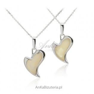 Zawieszka srebrna bursztyn Piękne serce z żółtym bursztynem