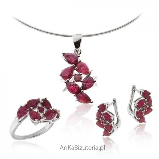 Komplet biżuterii z rubinem
