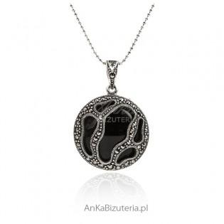 Biżuteria damska - zawieszka srebrna z markazytami i onyksem