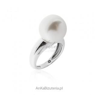 "Pierścionek srebrny ""biała perła"""