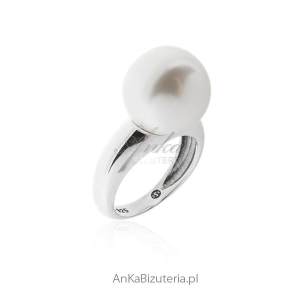 pierścionek srebrny z perłami