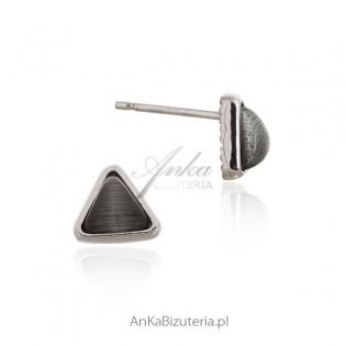 Kolczyki srebrne z szarum uleksytem