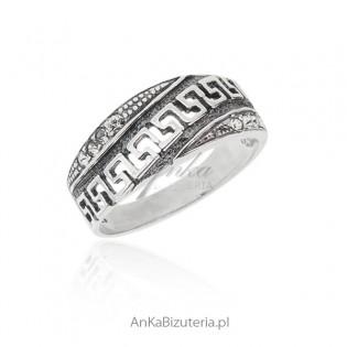 Pierścionek srebrny oksydowany grecki wzór