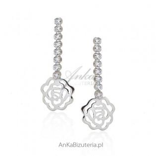 Kolczyki srebrne z cyrkoniamii - kwiatki