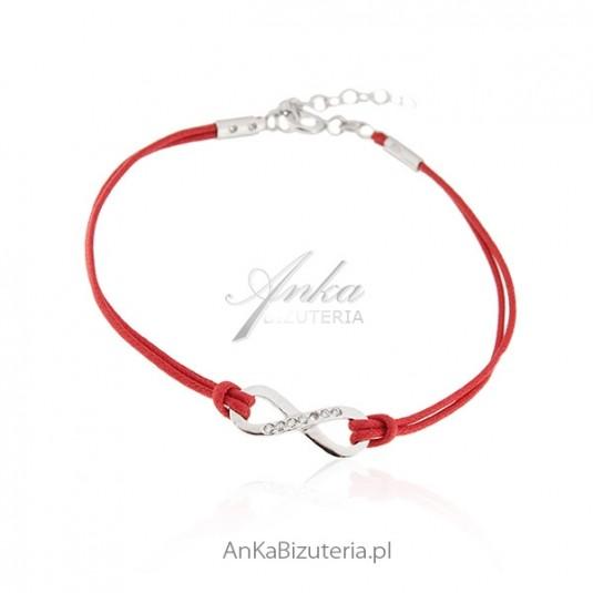 Bransoletka srebrna na czerwonym sznureczku