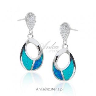 Srebrne kolczyki z niebieskim opalem i micro cyrkoniami