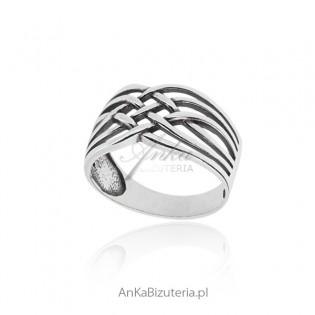 Pierścionek srebrny oksydowany