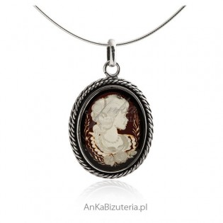 Zawieszka srebrna z bursztynem Kamea Oryginalna biżuteria srebrna
