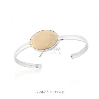 Bransoletka srebrna z białym bursztynem