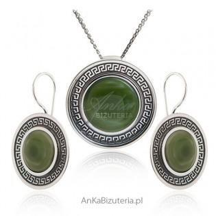 Biżuteria srebrna Piękny komplet z zielonym kamieniem
