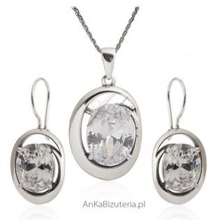 Biżuteria srebrna komplet - Zawieszka i kolczyki z cyrkoniamii