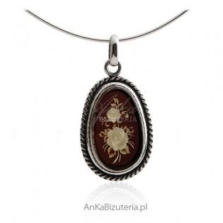Biżuteria artystyczna Zawieszka z bursztynem