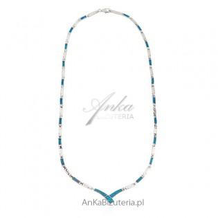Naszyjnik srebrny z niebieskim opalem