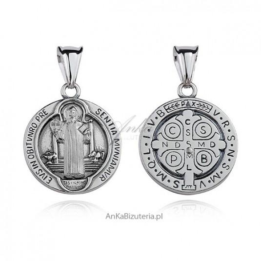 Duży medalik srebrny z Św. Benedyktem
