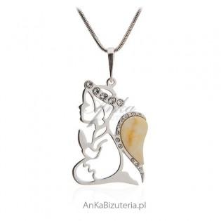 Aniołek - wisiorek srebrny z bursztynem i cyrkoniami