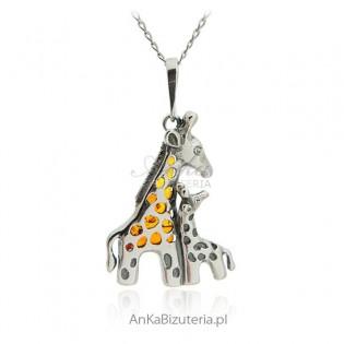 Biżuteria z bursztynem -Srebrna zawieszka Żyrafy