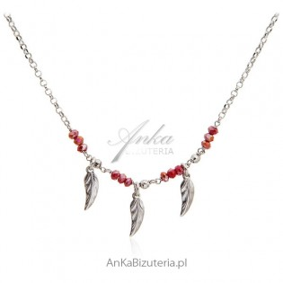 Naszyjnik srebrny z czerwonym koralem