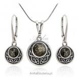 Komplet biżuterii srebrny z zielonym bursztynem