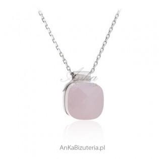 Naszyjnik srebrny z różowym agatem