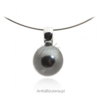 Wisiorek srebrny z szarą perłą