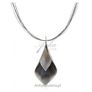 Biżuteria artystyczna srebrna - ręcznie robiona Listek oksydowany