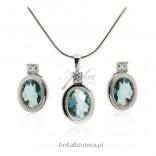 Komplet biżuteria srebrna z lazurowa cyrkonią Elegancka biżuteria komplety