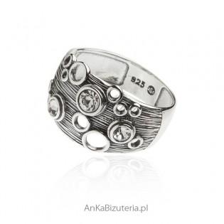 Pierścionek srebrny - Biżuteria artystyczna