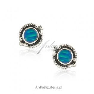 Kolczyki srebrne z niebieskim opalem