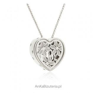 Naszyjnik srebrny ażurowe serce emaliowane z kryształkami Swarovski