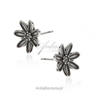 Kolczyki srebrne oksydowane kwiatki