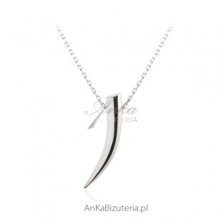 Naszyjnik srebrny rodowany Kieł