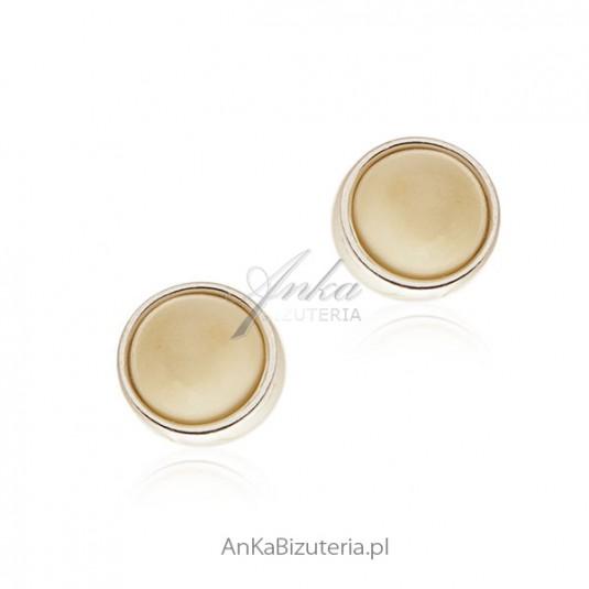 Kolczyki srebrne z białym bursztynem - subtelne kuleczki