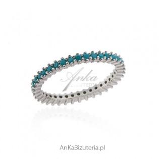 Pierścionek srebrny z niebieskim turkusem