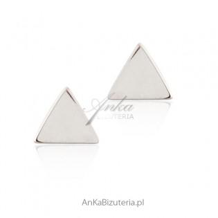 Kolczyki srebrne subtelne trójkąty