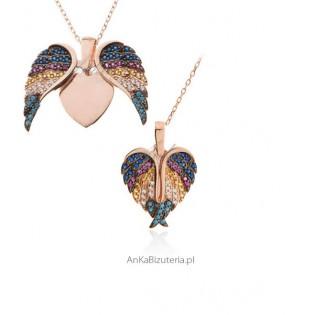 Naszyjnik srebrny z kolorowymi cyrkoniami i turkusami - Serduszko w skrzydełku